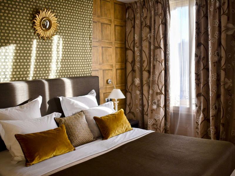Grand Hôtel du Lion d'Or 0